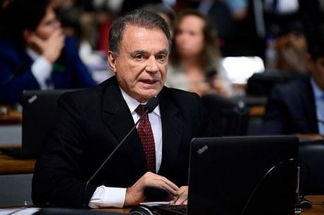 Senador Álvaro Dias, autor da PEC do foro