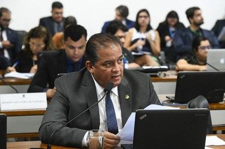 Em pronunciamento, senador Eduardo Gomes (MDB-TO)