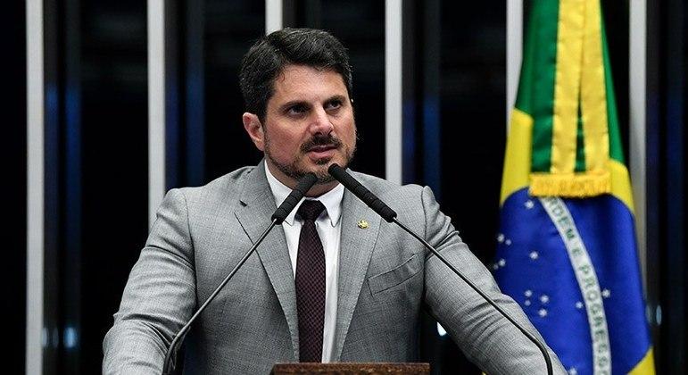 Projeto de Marcos do Val prevê que colegiados devem confirmar decisões individuais