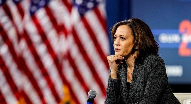 A senadora Kamala Harris será candidata a vice-presidente na chapa de Joe Biden