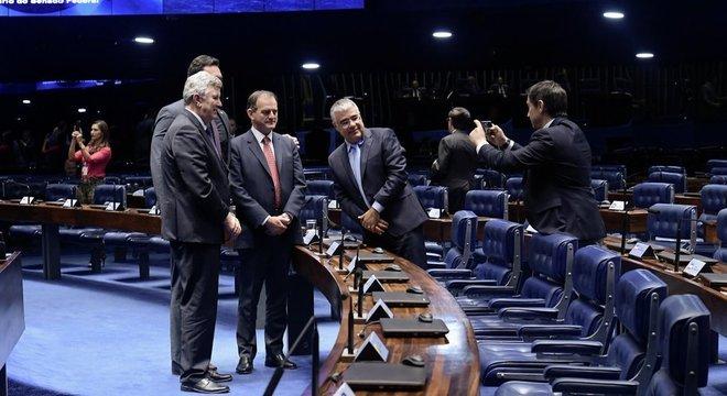 Indicação de Aras pode ser votada já nesta quarta (25). Ele precisa de pelo menos 41 dos 81 senadores