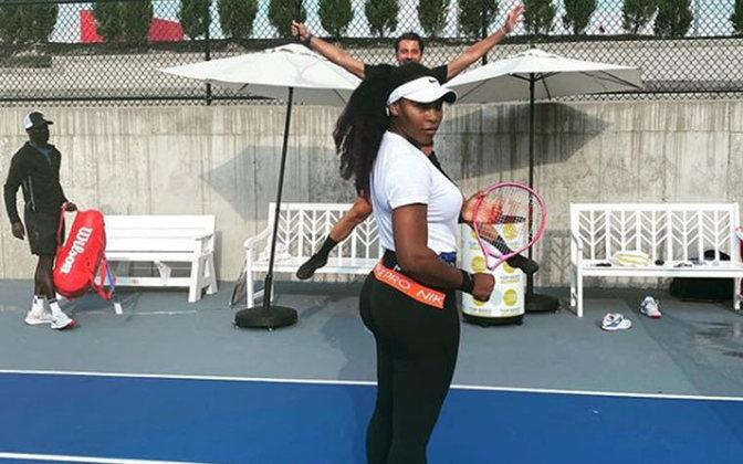Serena Wiliams é uma tenista conhecida não somente pelo seu talento no tênis, mas também pelas suas publicações contra o racismo que são frequentes em suas redes.