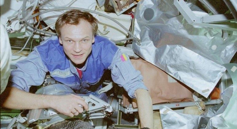Sergei Avdeyev, o cosmonauta que detém o recorde de viagem no tempo