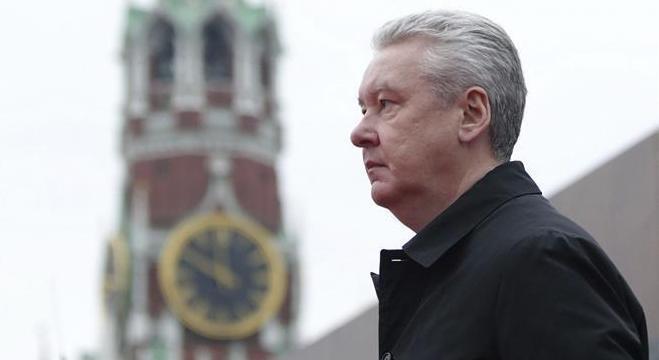 Prefeito de Moscou, Sergei Sobyanin também colocou mais trabalhadores em casa