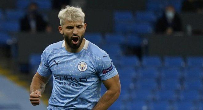 Sergio Aguero, ídolo do Manchester City e maior artilheiro do clube inglês, não deve ter o seu contrato renovado e está livre para assinar com qualquer outra equipe de graça. Mas o argentino está longe de ser o único craque nessa situação. Confira outras ótimas opções no mercado: