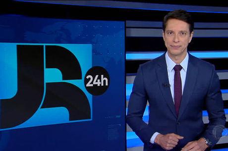 Sergio Aguiar comanda o 'Jornal da Record'