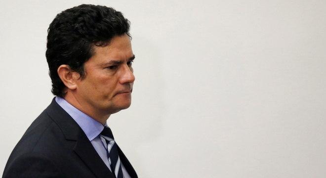 """Sergio Moro lembra campanha de ministério: """"faça a coisa certa"""""""