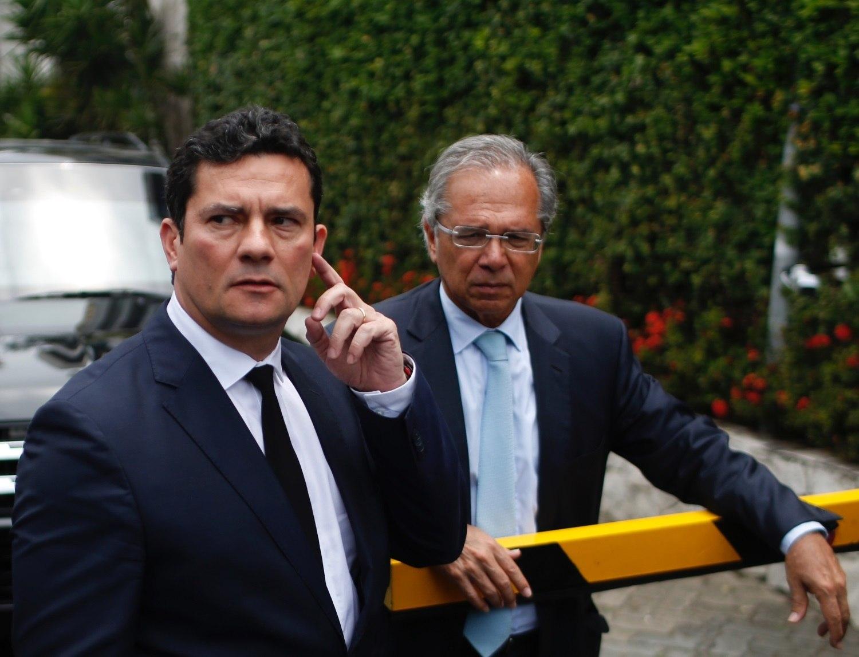 Resultado de imagem para Bolsonaro com Moro e Paulo Guedes