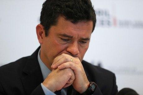 Moro deixa governo após troca no comando da PF