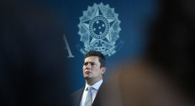 Ministro Sergio Moro recebeu o cargo oficialmente em cerimônia