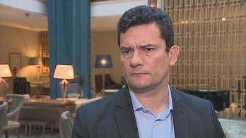 __Acusado de 'ativismo' por ex-premiê português, Moro rebate__ (Reprodução/RecordTV)