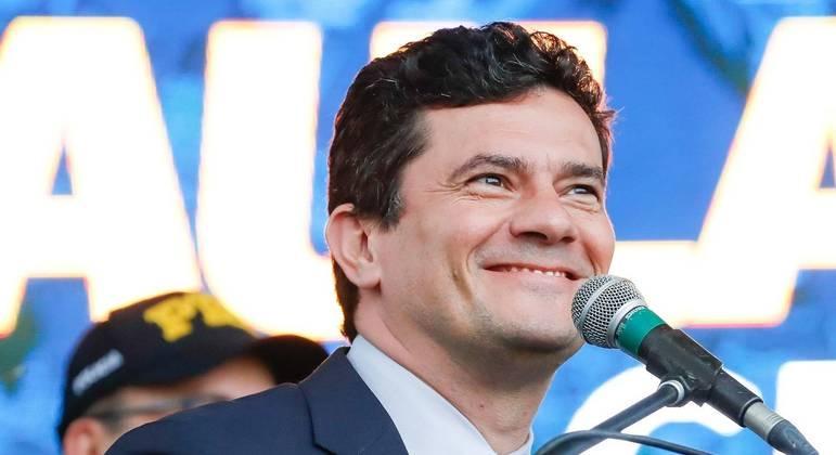 Reuniões com lideranças vão selar futuro político de Sergio Moro; ex-juiz está no Paraná