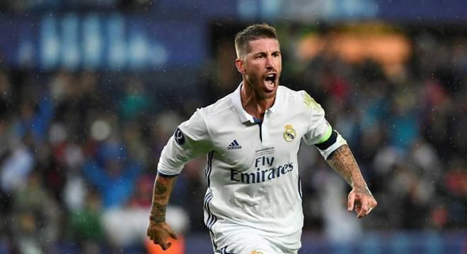 Sergio Ramos (34 anos) - Clube atual: Real Madrid - Posição: zagueiro - Valor de mercado: 14 milhões de euros