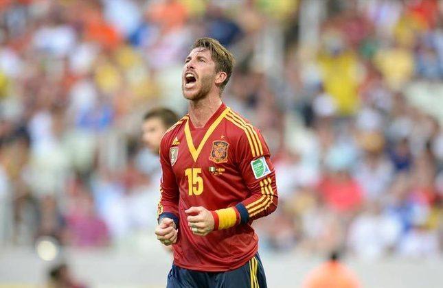 Sergio Ramos: zagueiro - 35 anos - espanhol - Fim de contrato com o Real Madrid - Valor de mercado: 10 milhões de euros