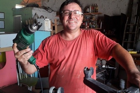 Renato Faria foi passar o fim de semana e se mudou para o lugarejo