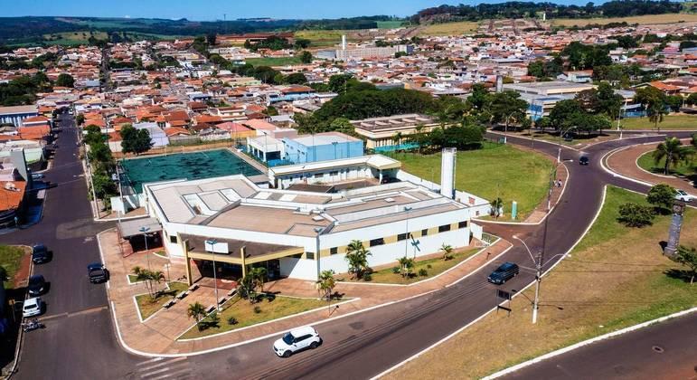 Vista aérea da UPA de Serrana, no interior de São Paulo