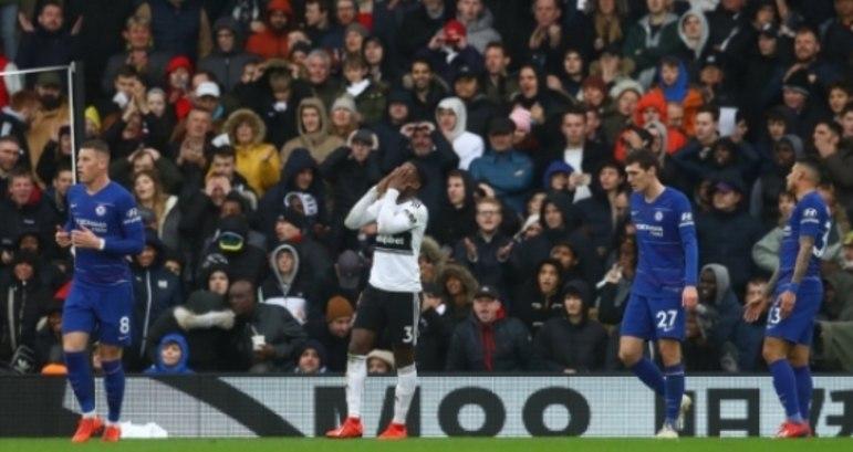 Sessegnon, que teve atuação destacada, lamenta o gol anulado