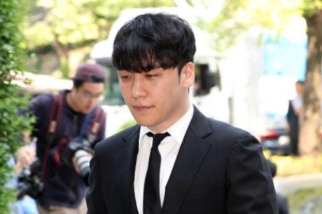 Tribunal rejeita mandado de prisão contra Seungri