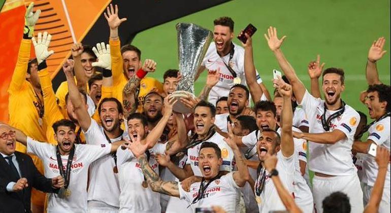 O Sevilla, da Espanha, campeão da Liga Europa em 2019/2020