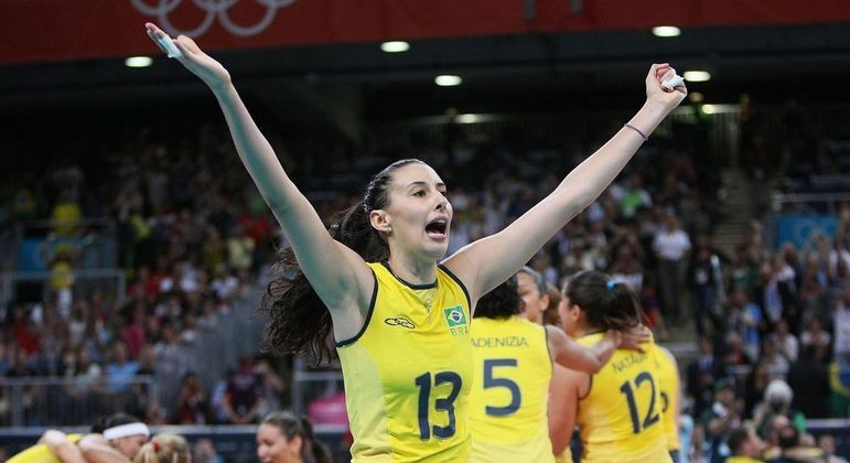 """Sheilla comenta corte na convocação para Jogos de Tóquio: """"Misto de emoções"""""""