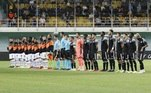 Sheriff 2x0 Shaktar DonetskApartida entre Sheriff e Shaktar Donetsk, válida pelo Grupo D, na 1ª rodada dafase de grupos da Champions League, entrou para história como a primeira partidado time da Moldávia nesta fase da competição europeia