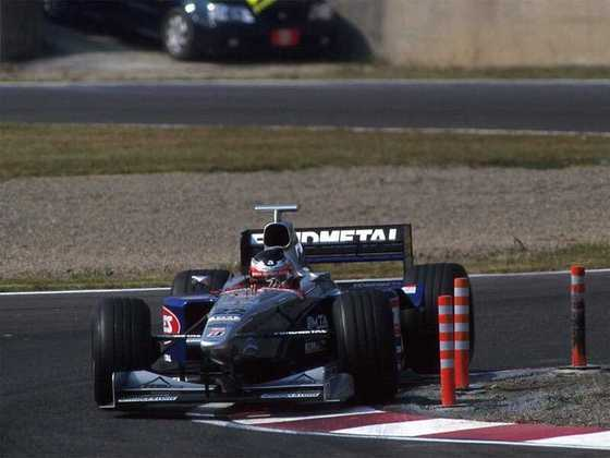Shinji Nakano fez 33 corridas entre 1997 e 1998