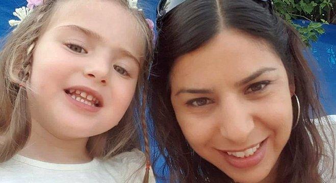 Shira e a mãe, Liat: nascimento da menina realizou o último desejo do pai que não conheceu e o sonho de maternidade que a mãe nutria