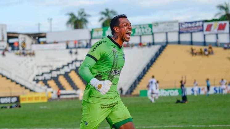 SIDÃO – O goleiro ex-São Paulo e Botafogo está sem clube desde que deixou o Goiás, no início de 2021. Ele está com 38 anos.