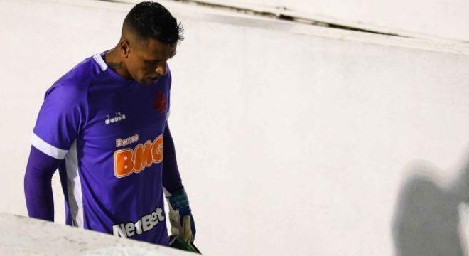 Sidão reconheceu falhas e recebeu educadamente o irônico troféu da Globo