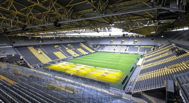 Signal Iduna Park vai receber partida entre Borussia contra Schalke 04