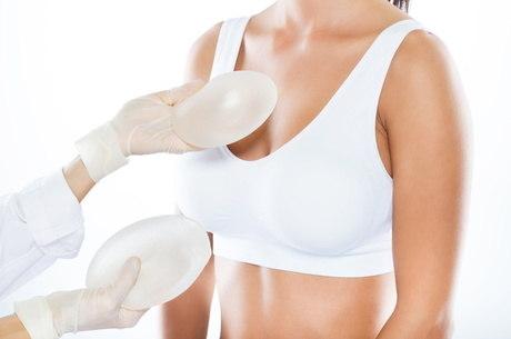 Mulheres têm optado por retirar próteses de silicone