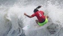 Silvana Lima vai às quartas no surfe feminino; Tati Weston-Webb cai