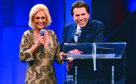 A saudosa apresentadora Hebe Camargo também estabeleceu uma boa relação de décadas com Silvio Santos
