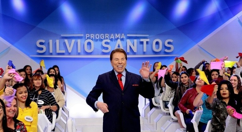 Silvio Santos ainda não tem data para voltar a gravar no SBT