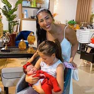 Simaria e a filha conheceram Zaya