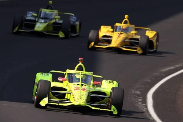 Simon Pagenaud se envolveu em acidente com Ryan Hunter-Reay e foi 22º