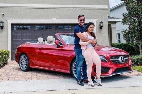 Simone e Kaká estão de férias em Orlando, nos EUA