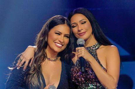 Simone e Simaria compartilham foto do início da carreira