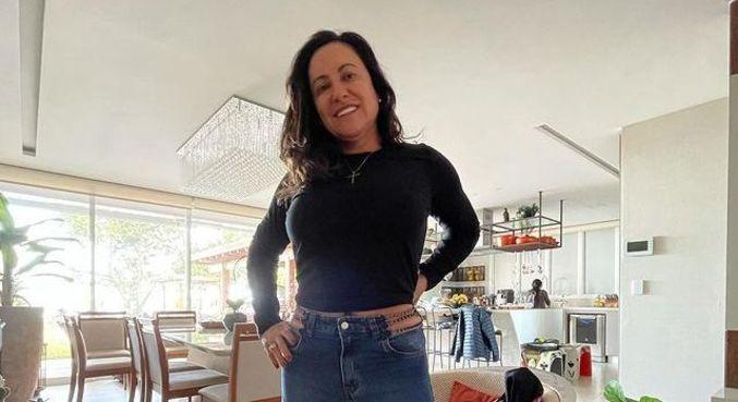 'Estou em paz', disse Simone Medina após polêmica com Yasmin Brunet