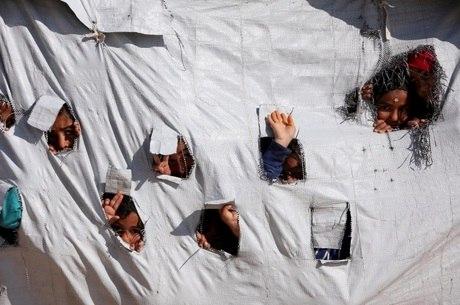 Cerca de 80 crianças estão em acampamentos sírios