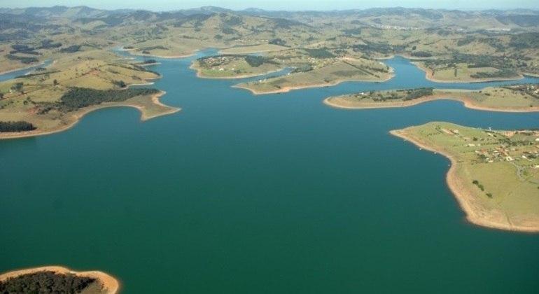 Sistema Cantareira opera com volume menor do que antes da crise hídrica: 48,6% do total