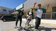 Inclusão na prática: projeto ensina skate para pessoas com deficiência