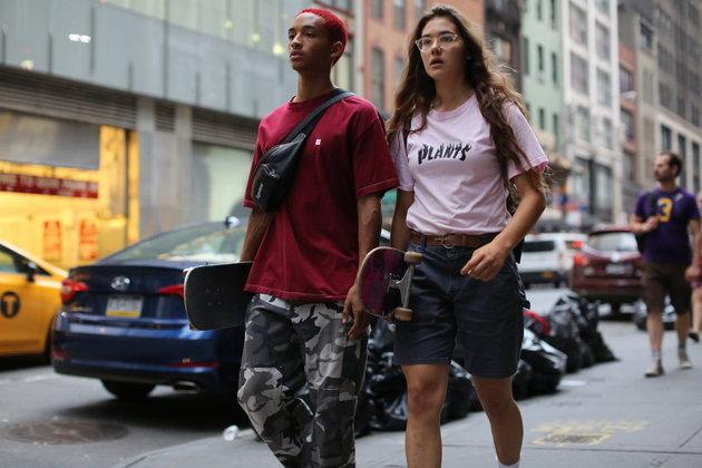 Skate Kitchen (2018): Camille começa a frequentar umgrupo feminino de skate na cidade de Nova York. Com isso, ela inicia um processo de autodescoberta enquanto vivencia a sensação de pertencimento e o significado da amizade