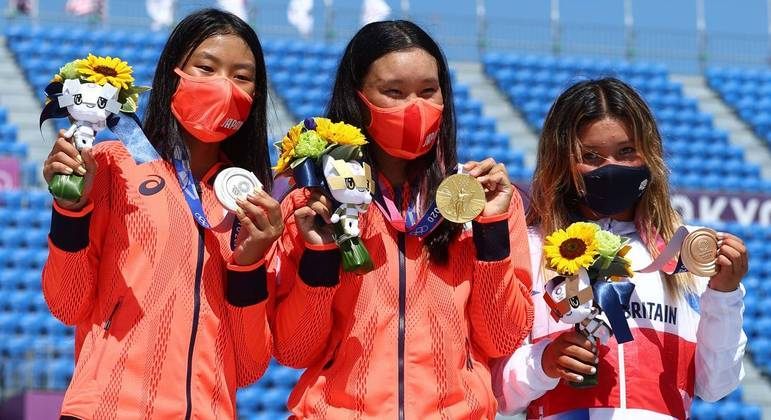 Sakura Yosozumi, de 19 anos, ganhou o ouro; Cocona Hiraki, de 12, foi prata, e Sky Brown, de 13 foi bronze