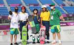 Depois da estreia histórica da modalidade street nos Jogos de Tóquio, nesta terça-feira (3) é a vez do skate park entrar para os anais da Olímpiada. O Brasil será representado por seis atletas, a começar pela equipe feminina, que abre o primeiro dia de competições a partir das 21h no horário de Brasília.Dora Varella, Isadora Pacheco e Yndiara Asp são esperanças de medalha
