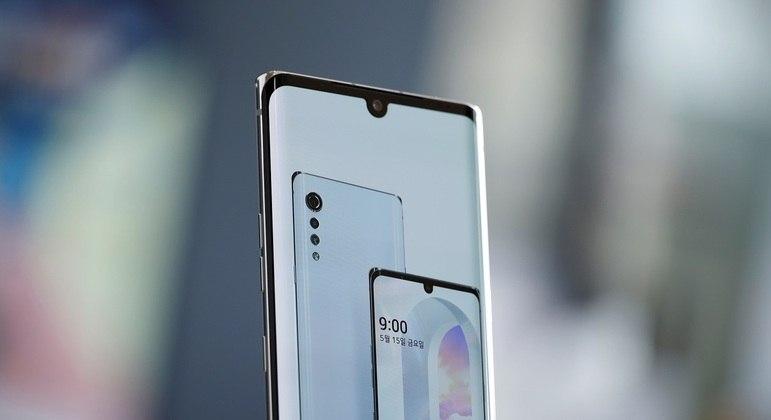 Smarthphone da LG em exposição em Seul