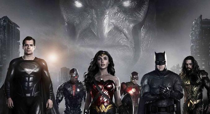 Liga da Justiça com o vilão Darkseid ao fundo