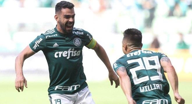 Sob o comando de Bruno Henrique e Willian, Palmeiras terá decisões em agosto