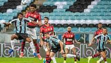 Copa do Brasil: Flamengo humilha o Grêmio com brilho de contestados