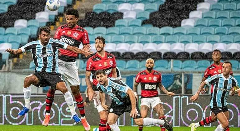 Flamengo atropela o Grêmio e encaminha classificação na Copa do Brasil
